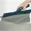 TM Snabbavjämning K, självutjämnande, självuttorkande, fiberförstärkt, cementbaserad och pumpbar avjämningsmassa