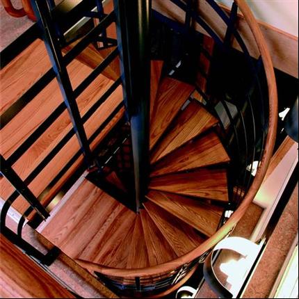 Weland spiraltrappor för villa och kontor inomhus