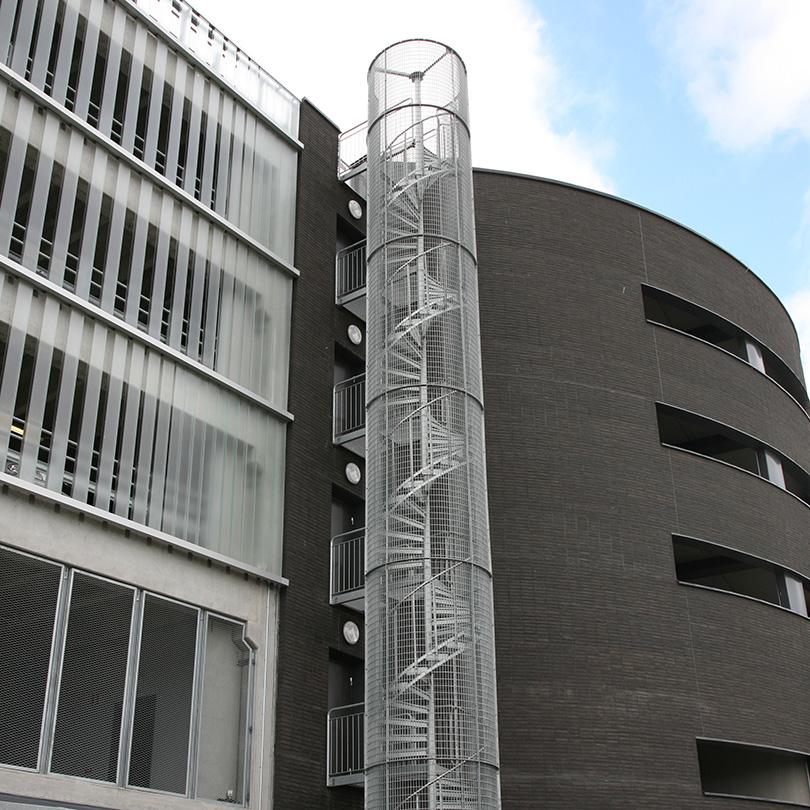 Weland spiraltrappor med skyddsbur