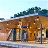 Fundermax Max Compact Exterior högtryckslaminat på stationshus