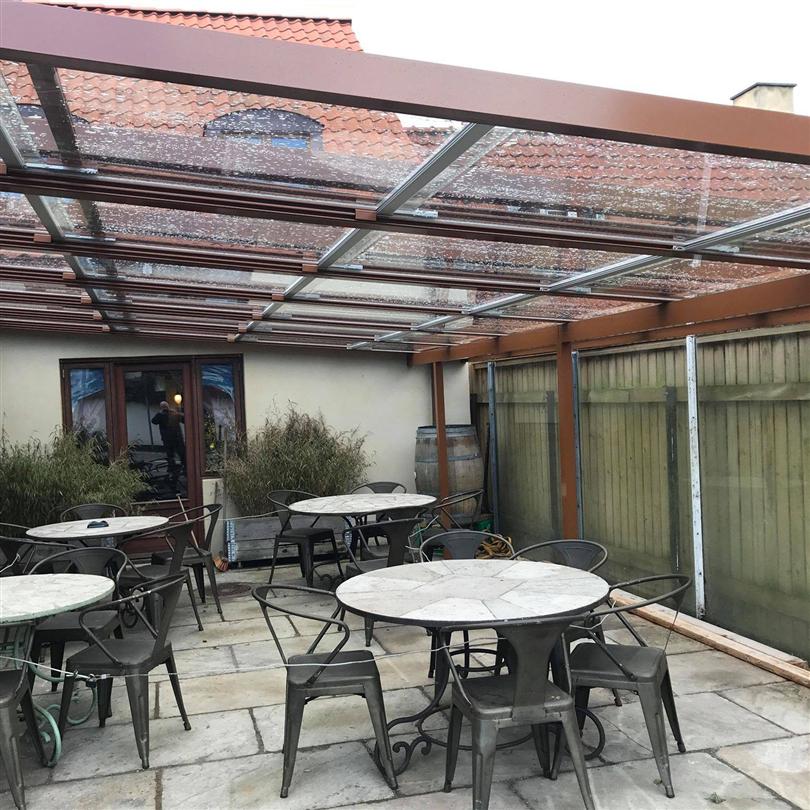 Bentech glastak, Café Il Divino, Espergærde, Danmark