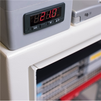 Gunnebo Secure-IT EMP serverskåp, skyddsnivå 3, interiör