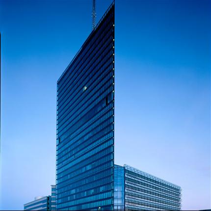 Schüco fasadsystem av aluminium