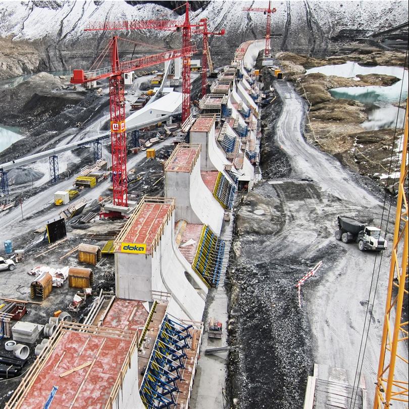 Manuell Dammform, kranklätterform för ensidig användning, Lake Mutt Reservoir dam projekt, Schweiz