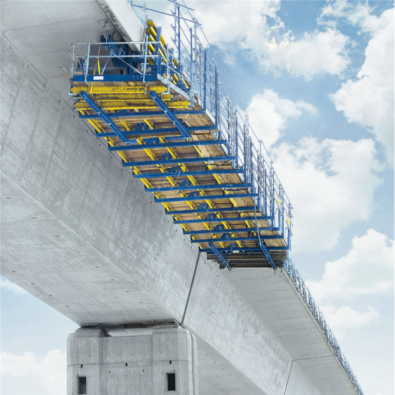 Flyttbar formvagn, förtillverkad brobalkform, längre bärande konstruktioner, flyttning avsnittsvis, broar med stora radier