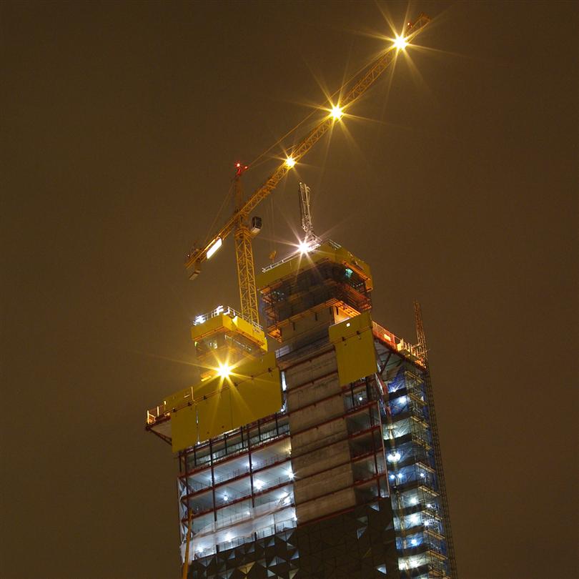 Självklättrande form på skyskrapa, ekonomisk kranoberoende plattform, flexibel använding
