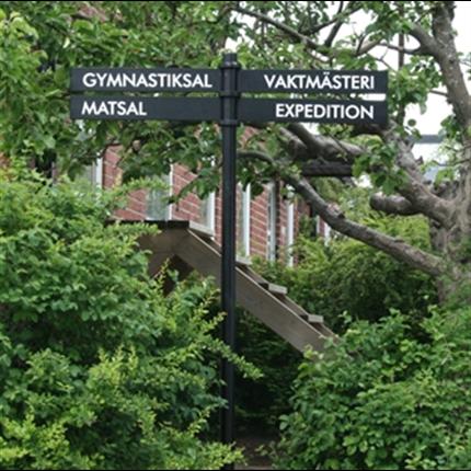 Swedsign Out-Line Plaza informationstavla