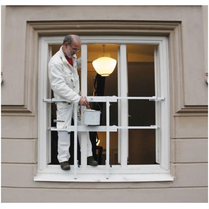 Justerbart fönsterskyddsräcke