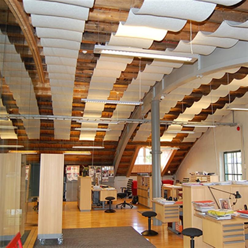 Acqwool Qwaiet Compact Ceiling frihängande ullpaneler i tak
