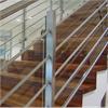 Rak trappa oljad ek stål och glasräcke