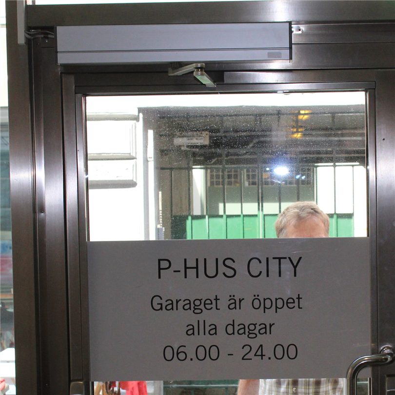 TORMAX 1301 iMotion slagdörrsautomatik, P-Hus City, Göteborg