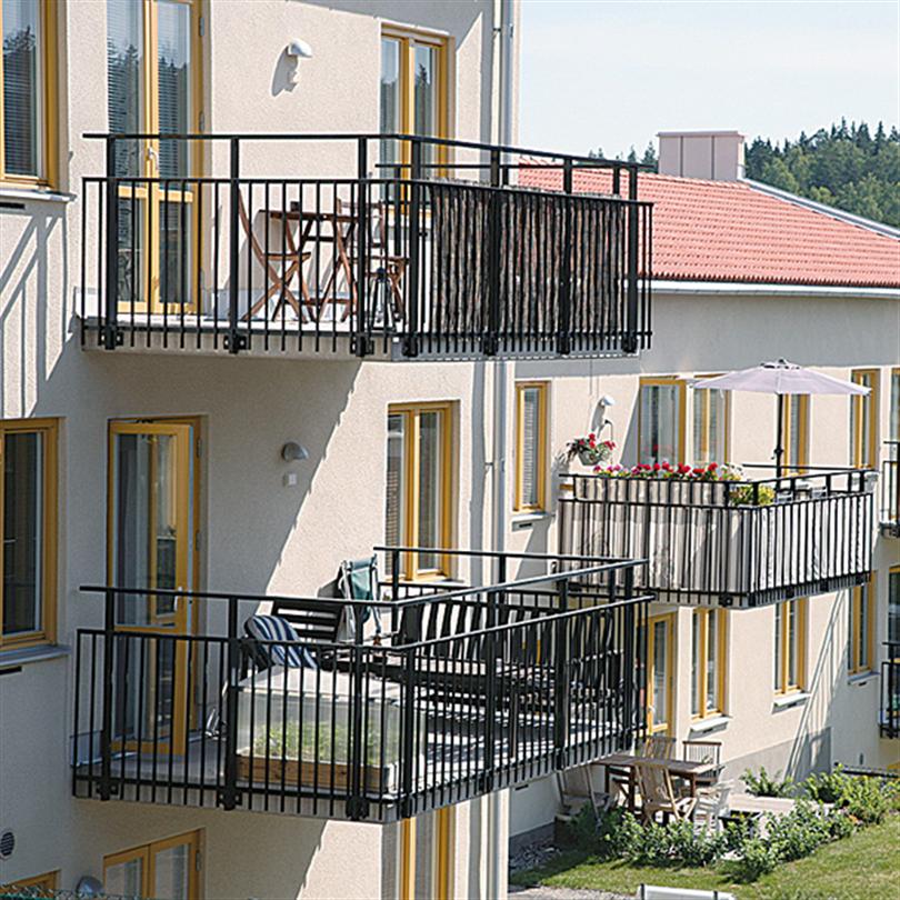 Balkongsystem, standrardräcke med spröjs till balkong