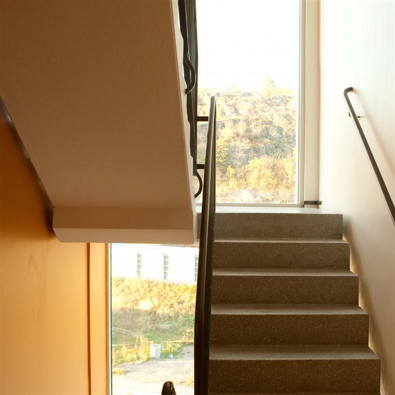 UBAB raka betongstrappor och vilplan