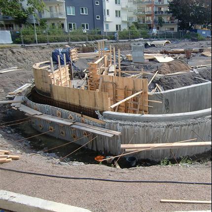 AQVIS Miljöspont® som kvarsittande form - laxtrappa i Norrköping