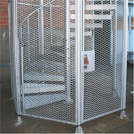 Monteringsfärdig skyddsbur för spiraltrappor