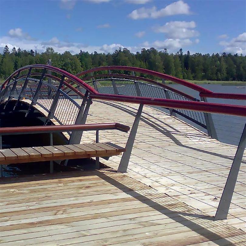 Alfabryggan Flytbrygga med bro