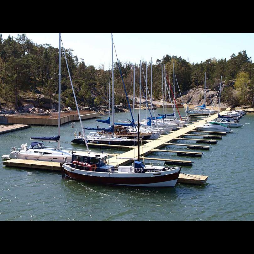 smabatshamn-flytbrygga-pontoner_006