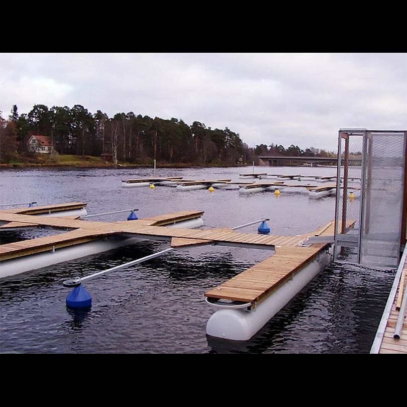 smabatshamn-flytbrygga-pontoner_037