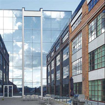 Fasadsystem 4150 SSG på AGA-verken på Lidingö, Stockholm
