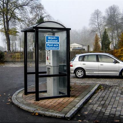 Väderskydd för p-automat, väggar av härdat glas