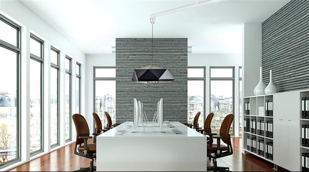 Vrida lamparm flyttar taklampan utan nya hål
