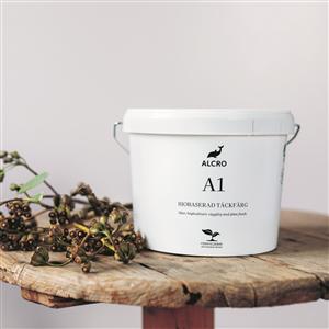 Alcro har tagit ett nytt steg i hållbarhetsarbetet och lanserar en täckfärg som delvis är baserad på förnybara, biobaserade råvaror. Alcro A1 har samma kvalitet som deras övriga täckfärger med hög täckförmåga och minimal lukt och är avsedd för målning av väggar inomhus.