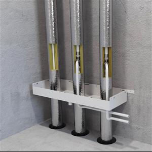 LK Systems förtillverkade schaktbotten med läckageindiktator förebygger vattenskador från läckande rör i genomgående schakt med tappvatten och värmestammar.