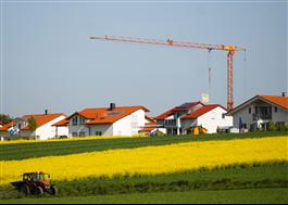 Bygglov och byggstatistik visar nedgång i småhusbyggandet 2020