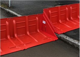 Boxwall kan monteras över trottoarer