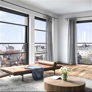 Svalsons nya vertikalgående, eldrivna fönster Open ger maximalt med ljusinsläpp samtidigt som man kan skapa balkongkänsla även där balkong inte är möjligt. Fönstret passar lika bra i både bostäder, lokaler och kontor.