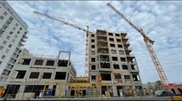 Hög årstakt för det offentliga husbyggandet
