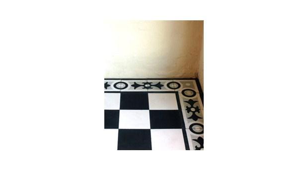 Franska golvplattor med eget mönster