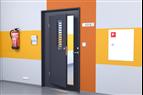 Dörr med extra dörrblad