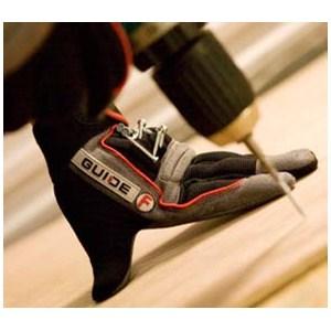 Handskar som skyddar både händer och tänder