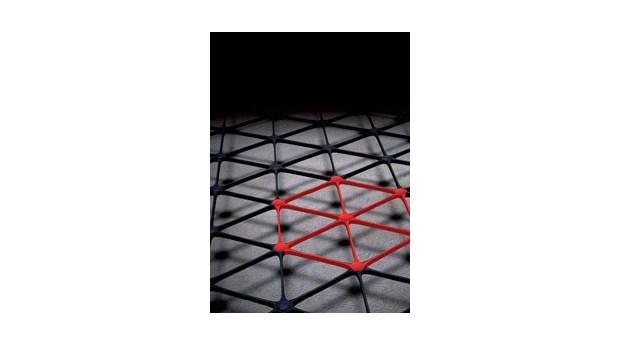 Stabilt geonät med triangelstruktur