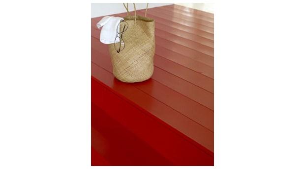 Vattenburen golvfärg med hög slitstyrka