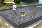 Cellglas i system för bärande värmeisolering