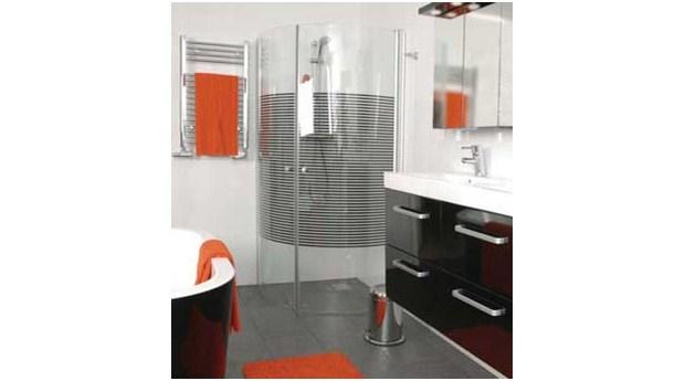 Glasväggar för rymligare duschhörna